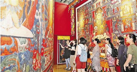 在江南,亲手触摸西藏壁画